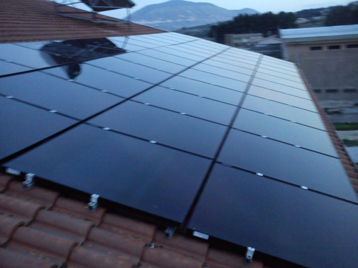 fotovoltaico-tetto-inclinato-castellammare Castellammare del golfo Impianti realizzati